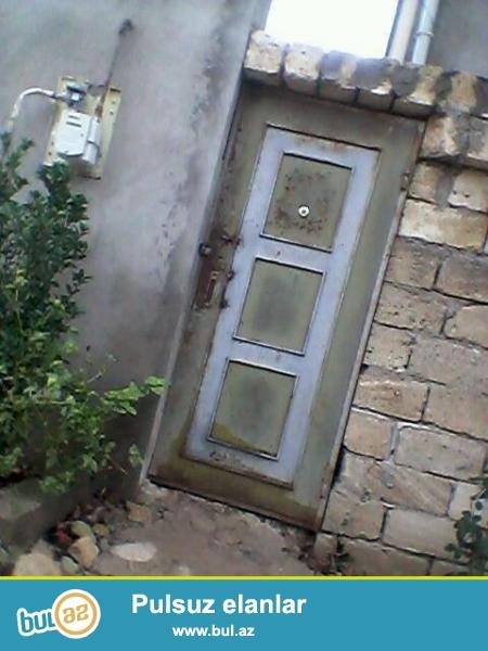 Abşeron rayon Mehdiabad qəsəbəsində yerləşən 2 sota yaxın torpaq sahəsidir...