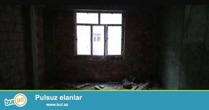 Очень срочно!В поселке Ени Ясамал,около Бизим маркет,в заселённой новостройке с газом,продаётся 3-х комнатная квартира с хорошей планировкой,под маяк,16/18,площадью 112 кв...