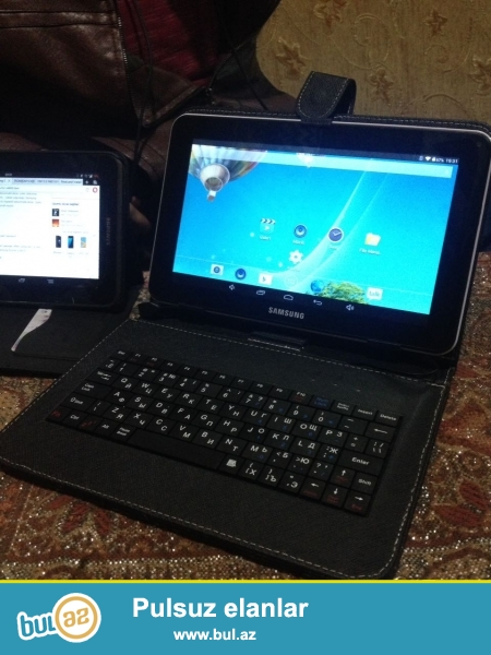 Nomre desdeklemir .wifi var Samsung galqxsy planset 64 gb yaddas 2gb ram <br /> Klavaturyasi usdunde hediyye verilir az isledilib qadin isledib <br /> Asaqi yeri var lg g2 ile barterde ederem
