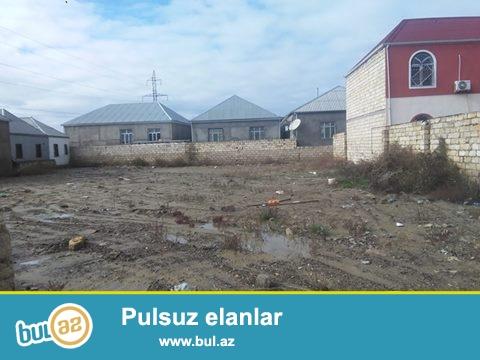 Biləcəri qəsəbəsi Ağ Saray-dan 3 km kənarda 8 sot torpaq satılır...