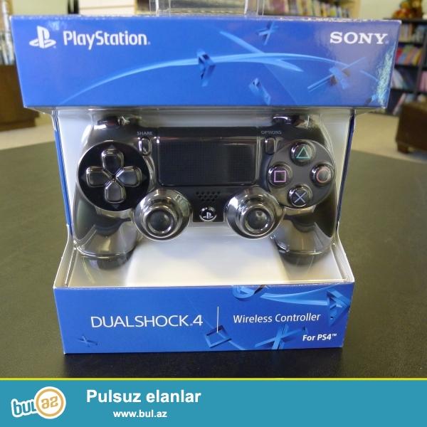 PlayStation 4 tam aksesuarları ilə qutusuna möhürlənmiş yeni orijinal və bu da 1 il beynəlxalq zəmanət, habelə 90 gün pul qaytarma siyasəti ilə gəlir ...