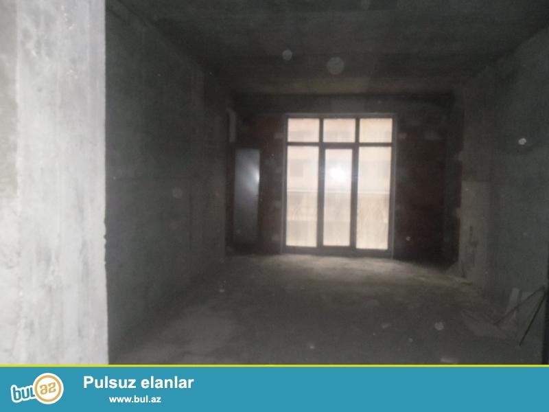 yasamalda atvinin yani temire buraxilmis binada 2otaqli padmayaq menzil