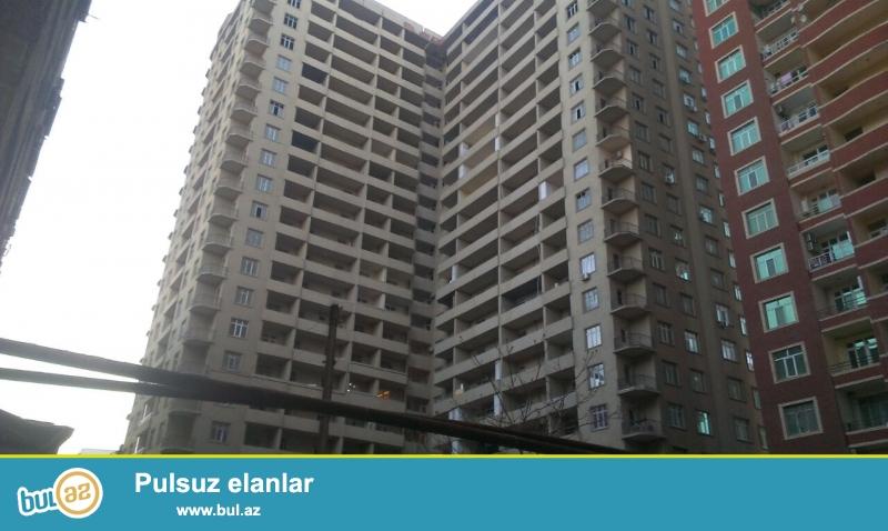 В одном из самых престижных мест города по проспекту Азадлыг, напротив  «АСАН ХИДМЕТ» , по близости с  Азербайджанским медицинским университетом...