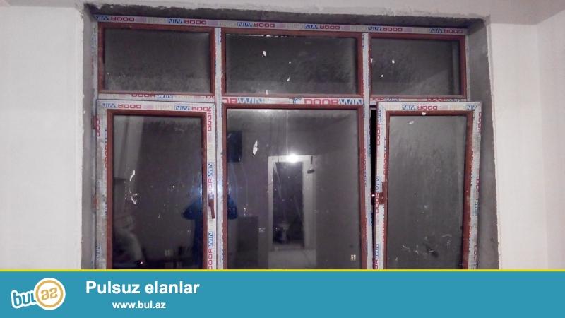 2qat suse, 60-liq profil ile yigilmis plastik pencere ve qapilar satilir...