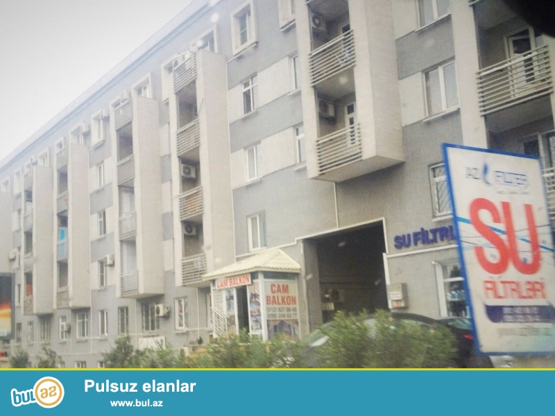По Тбилисскому проспекту, по близости «Чираг Плаза» ПРОДАЕТСЯ в 5-ти этажном каменном доме на 4-ом этаже  2-х комнатная квартира...