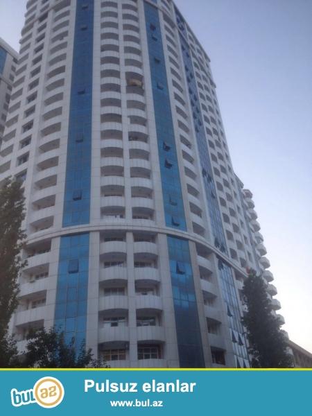 ЭЛИТНАЯ НОВОПОСТРОЙКА!!! В ОДНОМ ИЗ САМЫХ ЛУЧШИХ МЕСТ ГОРОДА!!! По близости телеканала «ЛИДЕР» по улице «Шефает Мехдиев» - а в 10-ти этажном доме на 5-ом этаже продаётся 3-х комнатная квартира...