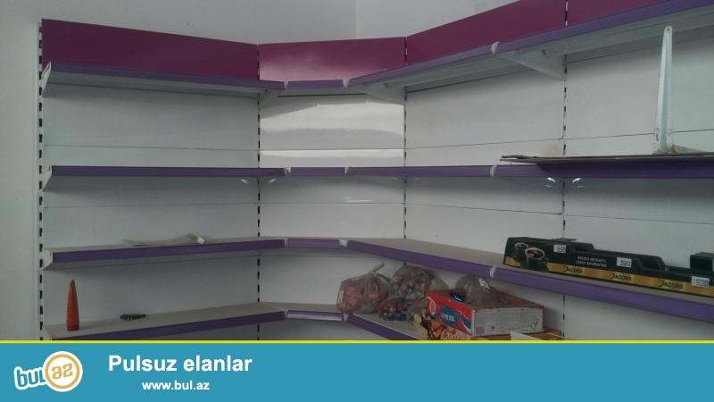 AIK-in 20 metre Divar,5 metre orta vitrin polkalari satilir...
