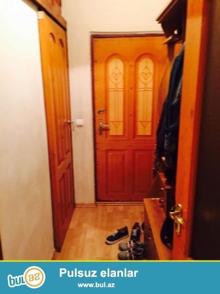 """Срочно!!!  По близости м.ст.""""20 Январь"""" продается  2-х  комнатная квартира  старого строения 2/5 , общая площадь  45 кв..."""