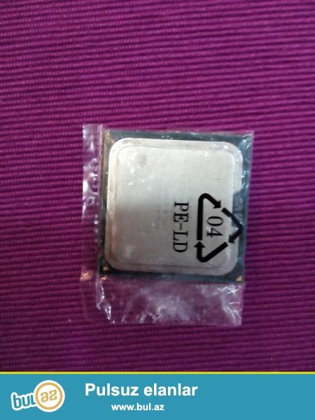 Yuksək sürətli 2.66 GHz intel prosessorı Q8400 <br /> 4mb keş yaddaşla və 1333 MHz şeyder sürətiylə...