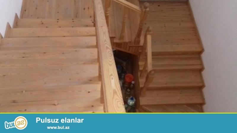 Biləcəri qəsəbəsi,əsas magistral yola yaxın 6 sotda 5 otaqlı tam təmirli villa satılır...