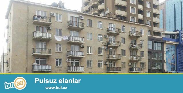 Продаётся 2-х комнатная хрущёвка,по улице Бакиханова,<br /> напротив Российского посольства...