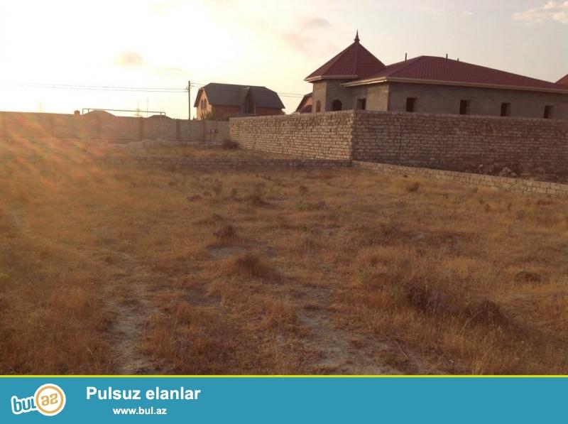 Suvelan - Qala qesebeleri arasi maqistral yola yaxin, bütün sənədləri qaydasında olan 7...
