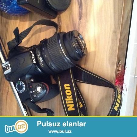 Salam cox tecili Nikon d3200 satilir. aparat demek olarki hec islenmeyib cunki fotoqraf aparati deyil wexsi istifadeucun alinib ve hec bir temir iwi gorulmeyib uzerinde...