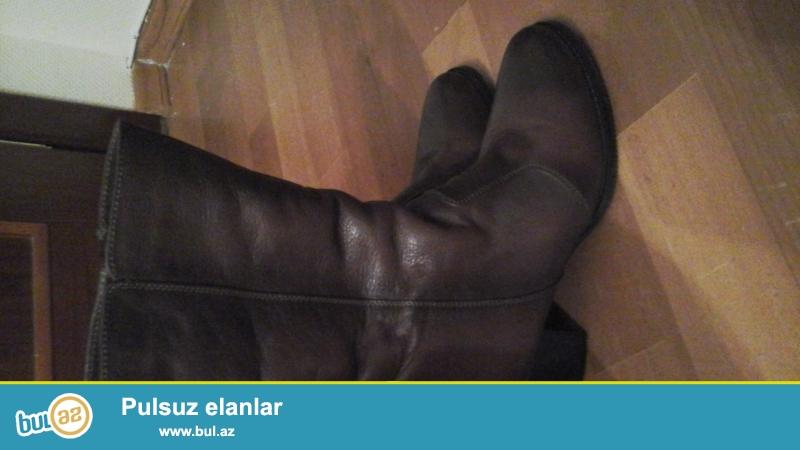 Коричневые женские сапоги,38 размер,кожаные.