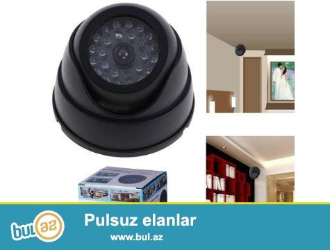 Ev, ofis, dükkan ve garajlarını olası hırsızlık durumlarına karşı güvende tutabilecek 360 Derece Oynar Başlıklı Ledli Sahte Dome Kamera<br /> <br /> 360 derece oynar başlık Tasarımlı sahte kamera üzerinde yanıp sönen kırmızı Led Işığı sayesinde çalışıp kayıt yapıyormuş izlemini yaratır...