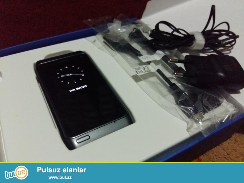 Nokia N8-00 16 gb <br /> telefon ela vezyetdedir ciziqi ve bawqa problemi yoxdur...