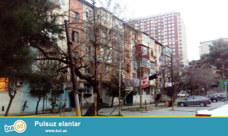 ПРОДАЁТСЯ  ОЧЕНЬ СРОЧНО !!!  В  4 мкрне, рядом с домом торжеств «Егяна»  продаётся 2-х комнатная квартира...