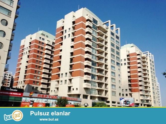 Новостройка! Cдается 3-х комнатная квартира в центре города, Ясамальском районе, по проспекту Тбилиси,  над  «Нептун» маркетом, в престижном комплексе «Ишыг  МТК» ...