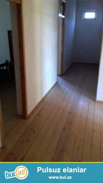 Srocno! Prodaetsya dom v Xirdalane. Akkuratniy sredniy remont. Mojem sdelat  skidocku.