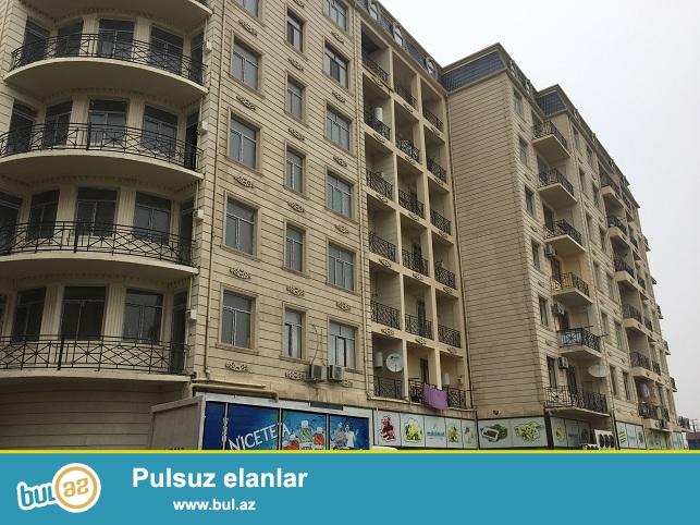 Xırdalan şəhəri,AAAF park yaşayış kompleksində inşa olunmuş 8 mərtəbəli binanın 6-cı mərtəbəsində ümumi sahəsi 95 kv...