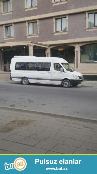 Sprinter əla vəziyyətdə Azərbaycan ərazisində sifariş qəbul olunur.