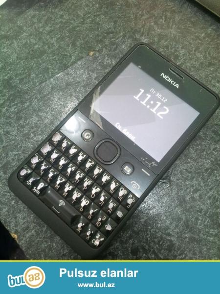 Nokia 102 çox yaxşı vəziyyətdədir şəkildəki kimidir 2 nömrədir wifisi var whatsapp gedir adaptoru yoxdur bütün samsung adaptorları və nokia naziy adaptordan zaretka yığır