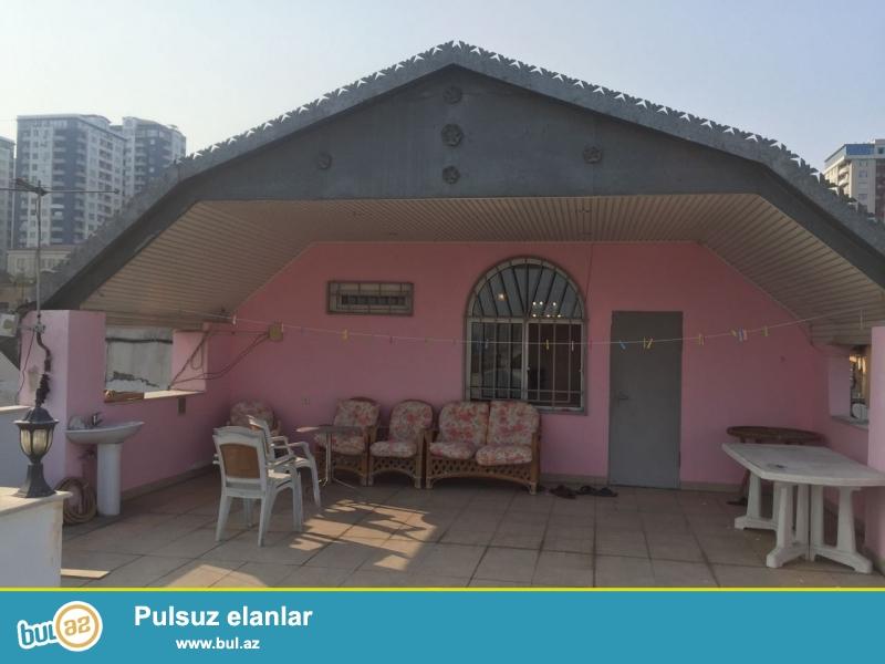 Cдается 6-ти комнатная квартира в центре города, в Ясамальском районе, рядом с метро Низами и «Amber Hotel»...