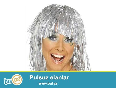 Metalize Parti Peruğu - Gümüş<br /> <br /> Çılgın partilerin vazgeçilmez aksesuarı!<br /> <br />  <br /> <br /> Partinizde ilginç aksesuarlar kullanarak partiye katılanların eğlenceli anlar geçirmesini sağlayabilirsiniz...