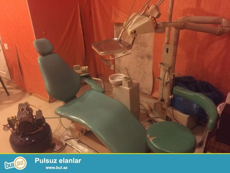 Original Fakhr Sina markali stomatoloji Kreslo aparati,kompressoru ile birlikde satilir.normal veziyyetdedir...