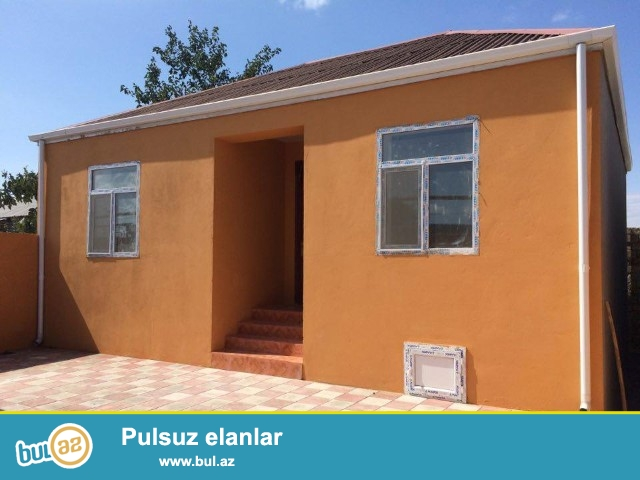 Maştağa qəsəbəsi  tam merkezde kirov dairesi  3 otaqlı həyət evi satılır...