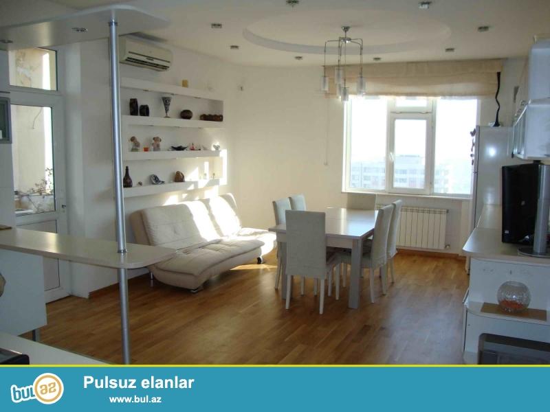 Сдаётся 5 комнатная квартира 191м2 (4х Комнатная + Кухня Студия 28м2)...