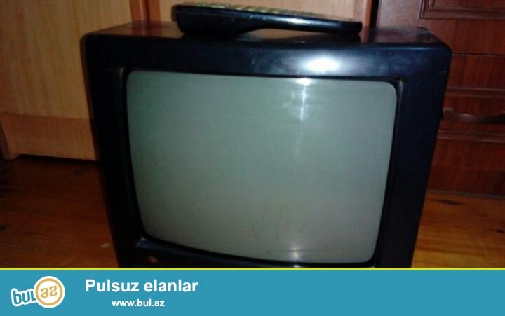 Tecili televizor satiram,islek veziyyetdedi.qiymeti 30 azn.