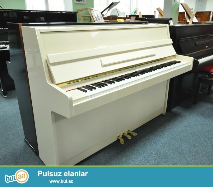 Ağ ve qehveyi renglerde , hemçinin istenilen her bir rengde pianolar - 2 ve 3 pedallı Petrof, Scholze, Weinbach, Rösler, Zi̇mmermann, Röni̇sch, Geyer, Alexander Herrmann pianoları satılır...