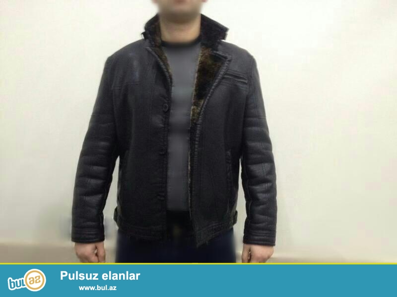 Türkiyeden getirilmiş,JİASHUN firmasina mexsus,3XL ölçüsünde kurtka satilir...