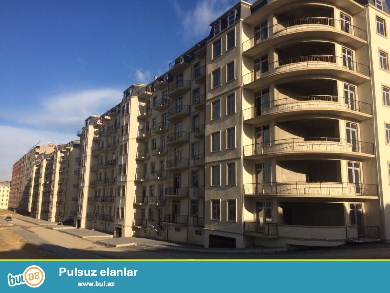 Xırdalan şəhərində AAAF park yaşayış kompleksində yerləşən 7 mərtəbəli binada mənzil satılır...