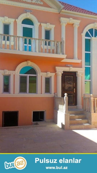 DIQQET!!! Tecili Xirdalan seherinde H.Eliyev p 2 sot torpagin icinde sahesi 150 m2 tikilen 2 mertebeli 5 otaqli, beton arasi monolit olan tam temirli heyet evi satilir...