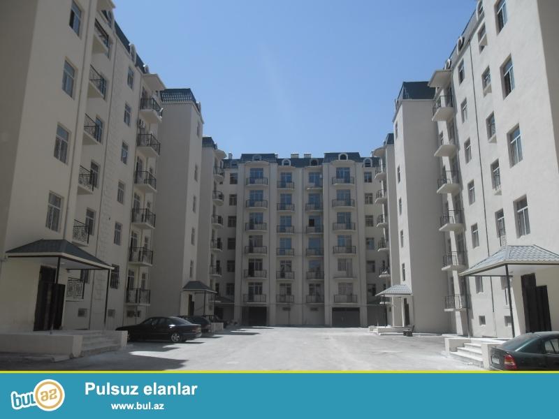 Xırdalan şəhəri, AAAF park yaşayış kompleksində inşa edilmiş 7 mərtəbəli binanın 7-ci mərtəbəsində ümumi sahəsi 77 kv...