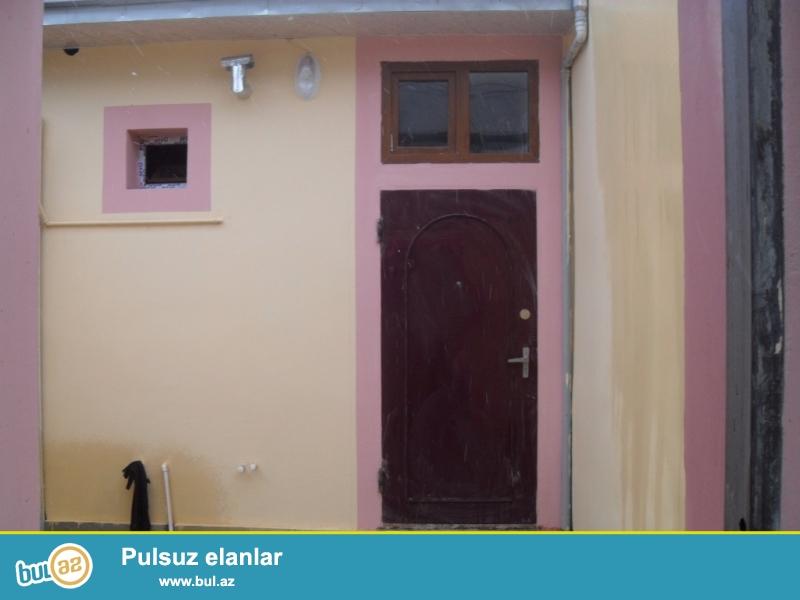 2 otaqlı  həyət evi satılır<br /> Xırdalan şəhərində 119 nömrəli avtobusun yolunda , Kolbasa sexinin yaxınlığında ...