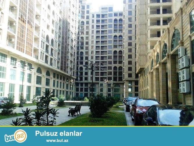 Новостройка! Cдается 2-х комнатная квартира в центре города, в Сабаильском районе, рядом с метро Хатаи в престижном здании «Азинко  МТК»...