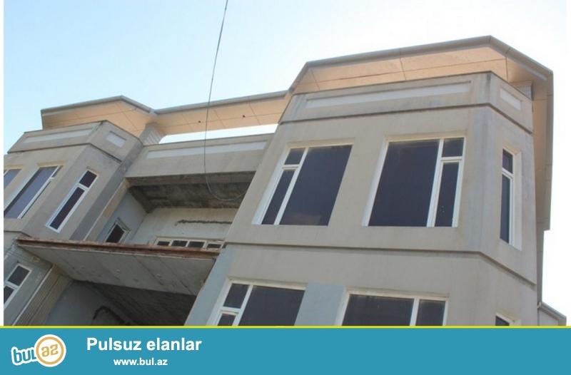Для очень солидных клиентов! В поселке Шувалан  за полицейской академий , рядом с  новым автобаном ,продается 4-х этажный, площадью общего строения 1440 квадрат, 11-и комнатный особняк, расположенный на  28 сотках земли...