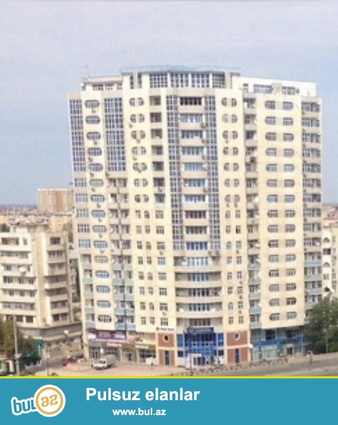 Срочно! В элитной и заселенной новостройке, Низаминский район по улице Гара Гараева  продаётся 3 комнатная квартира...
