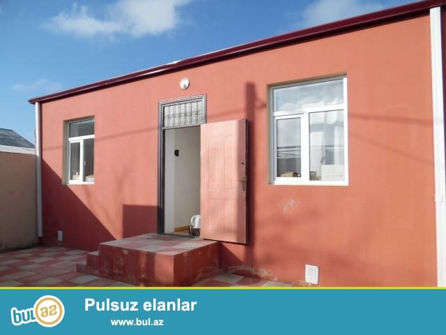 Baki seh. Sabuncu ray. Maştağa qəsəbəsi  tam merkezde  293. nom.mektebin qarsisinda   3 otaqlı həyət evi satılır...
