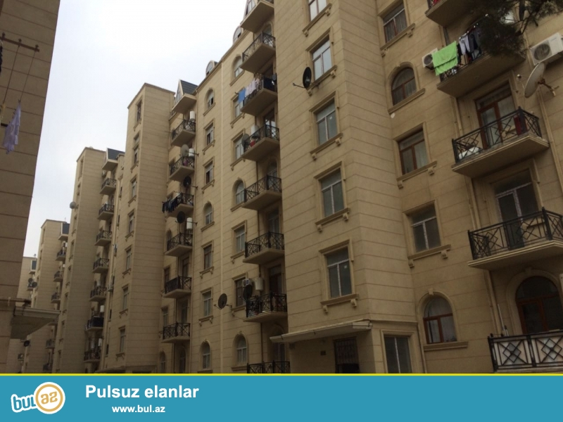 Xırdalan şəhəri AAAF park yaşayış kompleksində yerləşən 12 saylı küçədə 7 mərtəbəli binada mənzil satılır...
