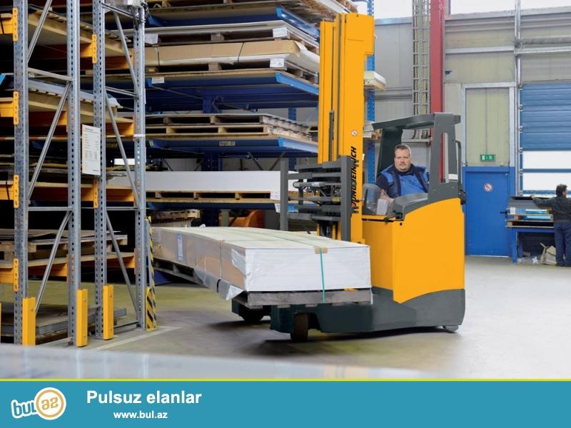 Alman istehsalı Jungheinrich firması,<br /> Dörd tərəfə hərəkət edən Rictrak batareyalı çəngəlli  yükləyici,<br /> Model Jungheinrich ETV Q20,<br /> Yük götürmə qabiliyyəti2 t,<br /> Ağırlıq mərkəzi məsafəsi 600 mm,<br /> Yük qaldırma hündürlüyü H3 5000 mm<br /> Yığılmış halda hündürlüyü H1 2300 mm,<br /> Cəngəlin ölcüləri  50 / 140 / 1150 mm,<br /> Ümumi eni 1760 mm,<br /> 1000x1200 paddon ücün rəflər arası məsafə( yan) 2756 mm,<br /> 800x1200 paddon ücün rəflər arası məsafə(uzun)2792 mm,<br /> Batareya 48v 620Ah, səkkiz saat zaryatqa saxlayır,<br /> Dörd tərəfə hərəkət edən Rictrak ilə uzun yükləri daşımaq üçün çox əlverişlidir,<br /> Bir il zəmanət, servis xidməti,<br /> Qiyməti razılaşma yolu ilə,<br /> <br /> Aşağıdakı  video  linkdə  işləmə  qaydaları  ilə  tanış  ola  bilərsiniz...