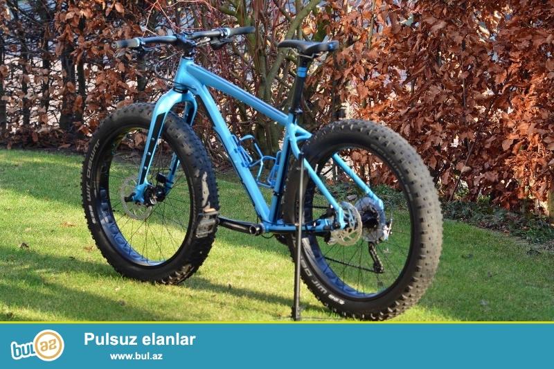 """<br /> yeni Felt Fatbike Double Double 30 Model: 2016 göz alıcı mavi.<br /> <br /> Rəng:<br /> <br /> Matte Steel Blue<br /> <br /> ölçüləri:<br /> <br /> SM (16 """"), MD (18..."""