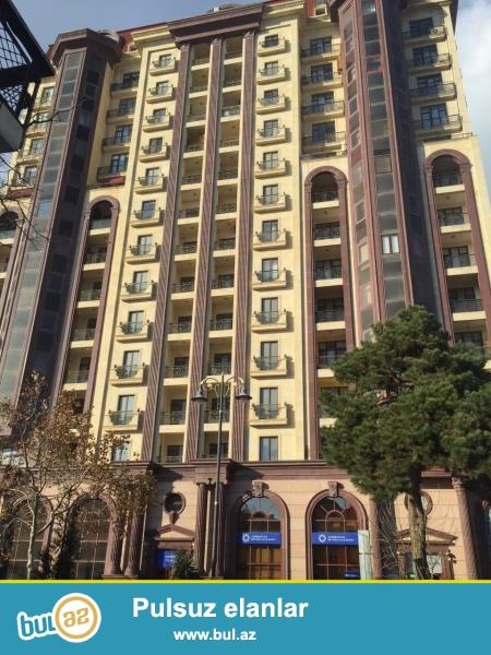 Yeni binada, şəhərin mərkəzində, Nəsimi rayonunda, 28 May metrosun yaninda hər bir şəraiti olan 3 otağli mənzil kirayə verilir...