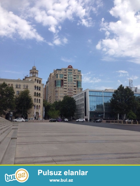 Новостройка! Cдается 3-х комнатная квартира в центре города, в Насиминском районе, рядом с дворцом имени Г...