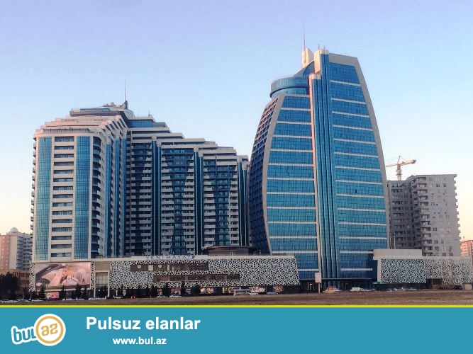 Hовостройка! Cдается 3-х комнатная квартира в Хатаинском районе, в престижном комплексе «Yeni Heyat», над «Megafun»...
