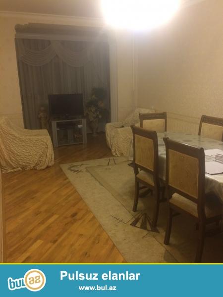 <br /> Сдается 3-х комнатная квартира в центре города, в Наримановском районе, рядом с памятником А...