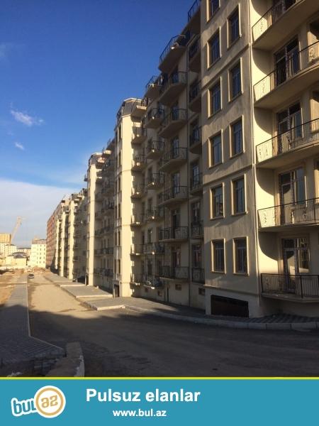 Xırdalan şəhəri,AAAF park yaşayış kompleksində 1 otaqlı mənzil satılır.Mənzilin ümumi sahəsi 50 kv...